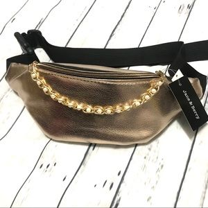 ✨New! Rose Gold Chained Belt Bag/Fanny Pack
